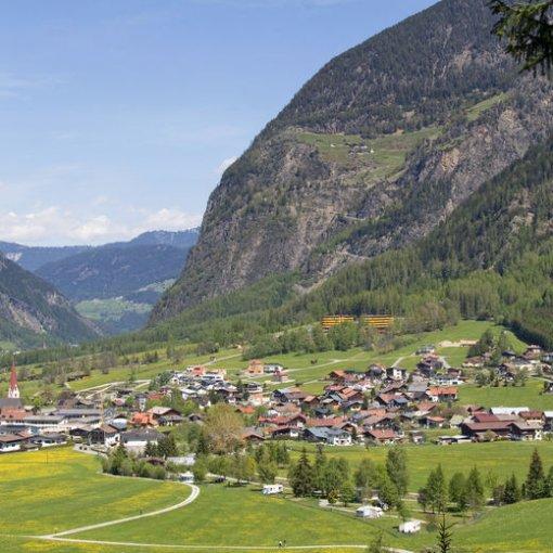 """fwef 510x510 - Welches Wort assoziiert ihr mit dem Wort """"Dorf""""?"""